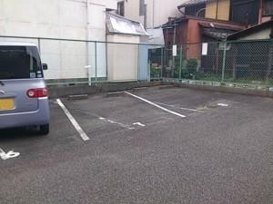 旗屋2丁目青山駐車場