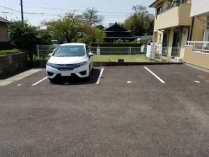 クレドール旭駐車場