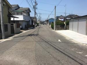 弥生町ガレージ