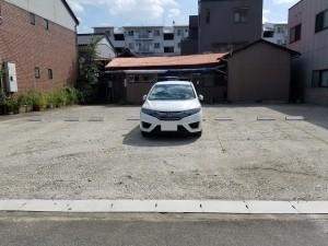 山園荘駐車場